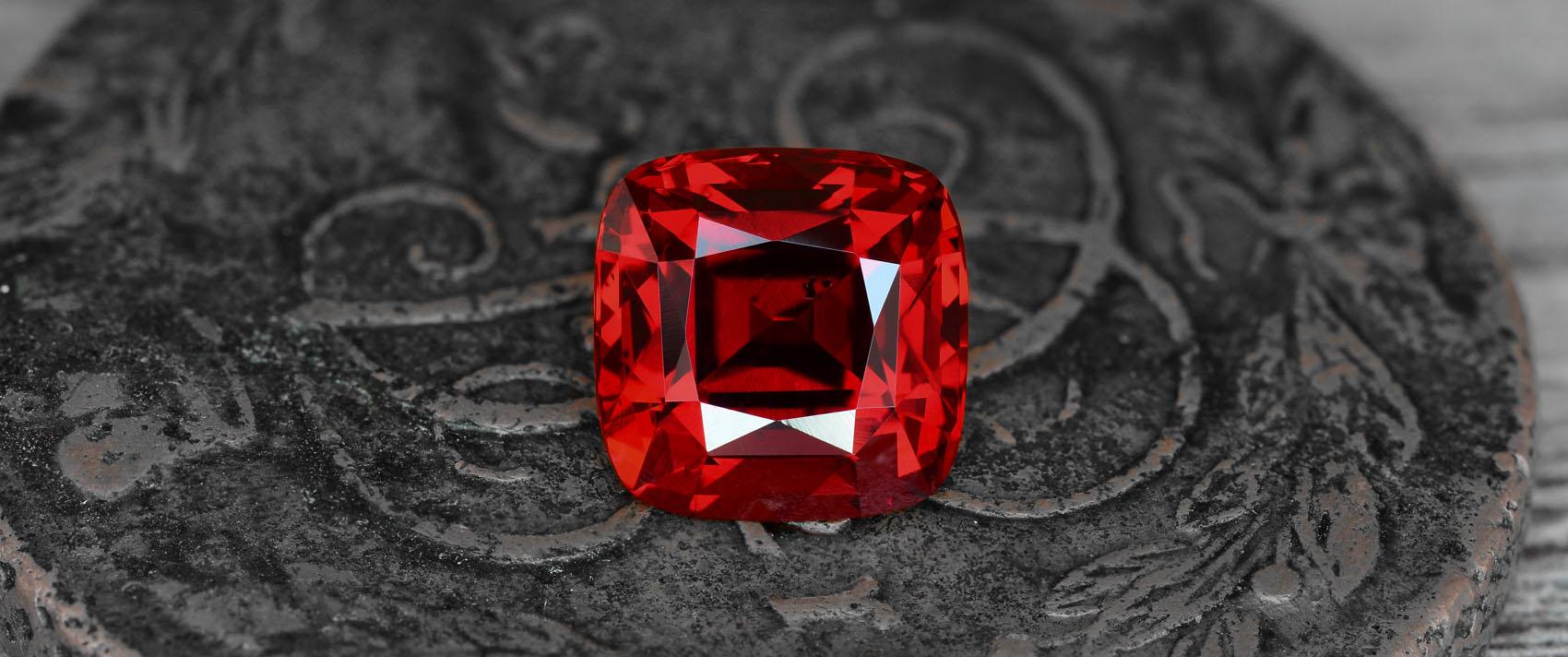 Камень шпинель: магические и лечебные свойства камня, кому подходит шпинель  по знаку зодиака