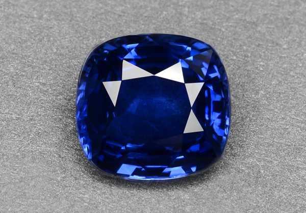 Синий сапфир (ювелирный корунд) купить по выгодной цене в каталоге ...