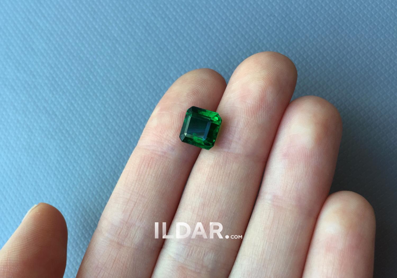 Wonderful emerald from Zambia 2.92 ct камень