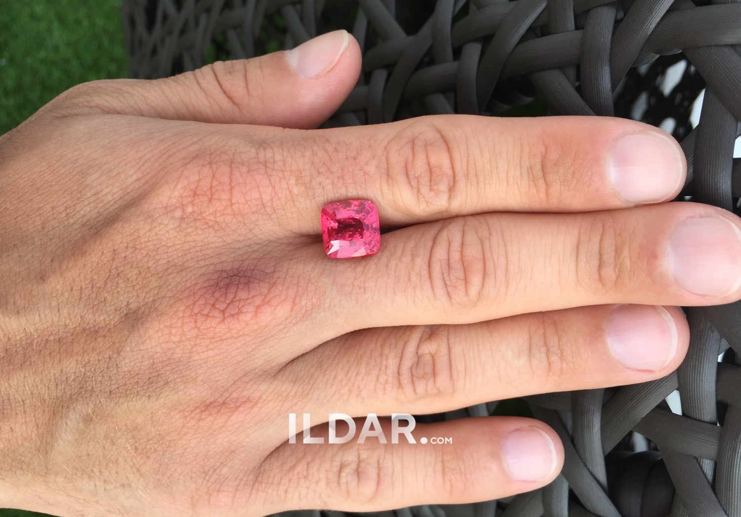 Unusual pink spinel 8.04 ct